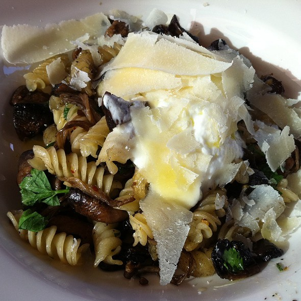 Wild Mushroom With Truffle Oil Pasta @ Olinda Tea House