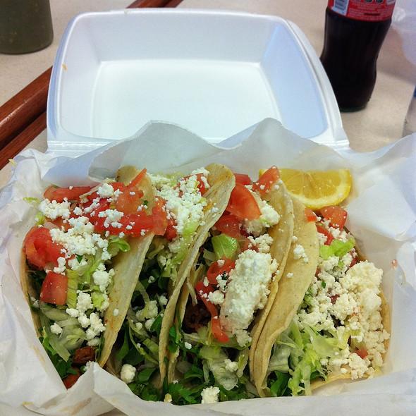 Tacos al Pastor @ Carnicera El Mercadito