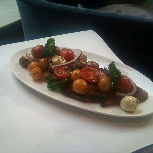 Pannzanella Salad, House Made Mozz @ Atwood