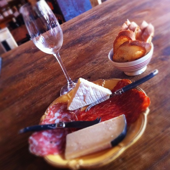 Wine Tasting With Meat And Cheese Plate @ Spuntino