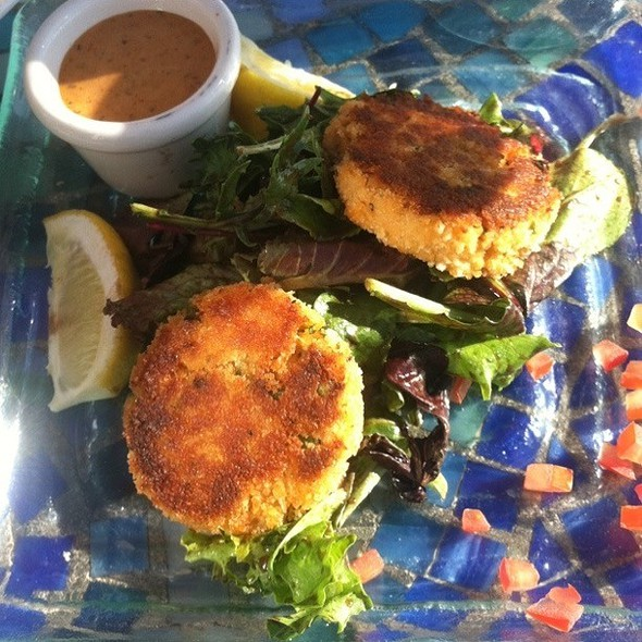 Crabcake Appetizer @ scott's restaurants jack london square