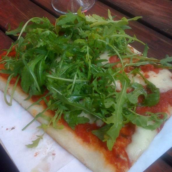 Arugula Pizza @ Heinz Minki
