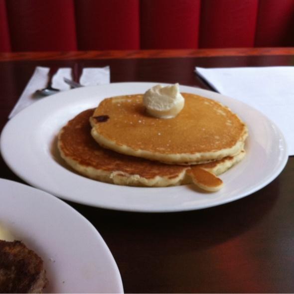 pancakes @ Royal Restaurant & Caterers