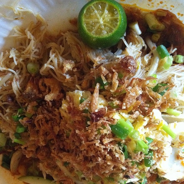 Mee Siam @ Donald & Lily's