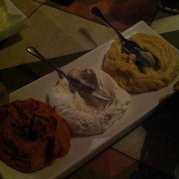 Trio @ saj restaurante