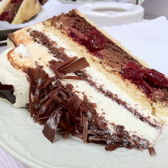 Black Forest Cake @ Café König