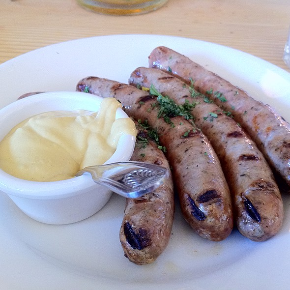 Grilled Bratwurst @ Suppenküche