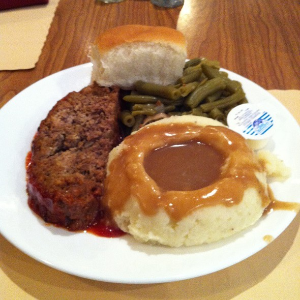 Meatloaf, Mashed Potatoes, Green Beans, Roll @ Blue Bird Restaurant