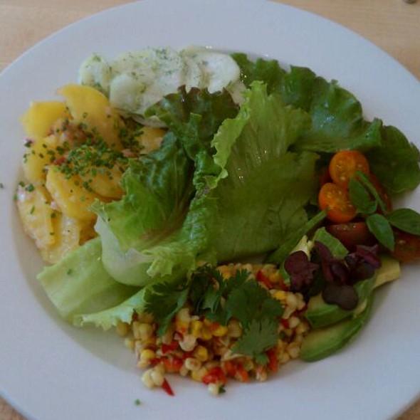 Seasonal Salad @ Cakes & Ale Restaurant and Bar