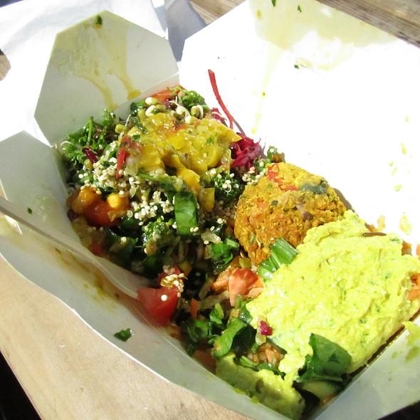 Caribbean Roti Salad @ Old Spitalfields Market