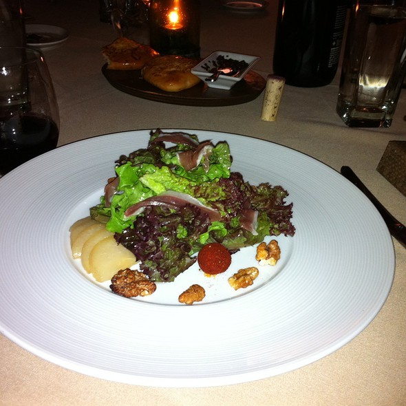 Mixed Greens, House Duck Prosciutto, Paprika Goat Cheese, Candied Walnuts, Poached Pear - Righteous Foods, Fort Worth, TX