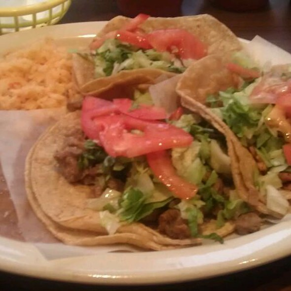 vegan tacos @ Quesadilla: La Reyna Del Sur