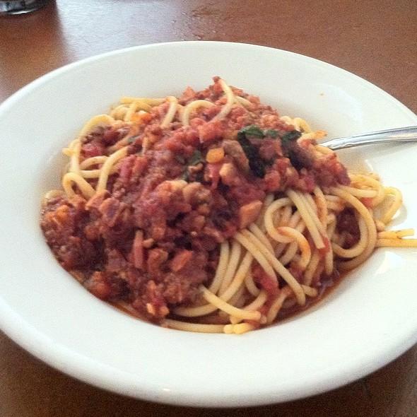 Spaghetti Bolognese - Fabs, Sherman Oaks, CA