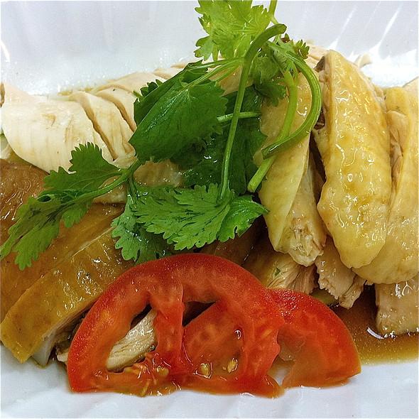 Hainanese Chicken and Soya Chicken @ The Chicken Rice Ex-press