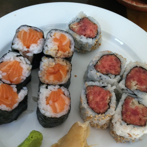 Salmon Roll And Spicy Tuna Roll