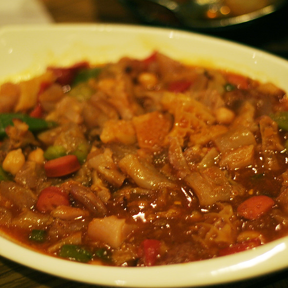 Callos A La Madrileña At Patio Filipino