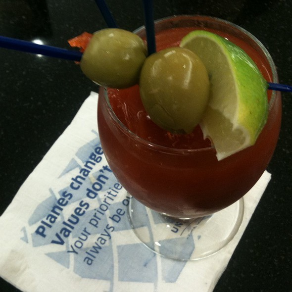 Bloody Mary @ Continental Airlines First Class