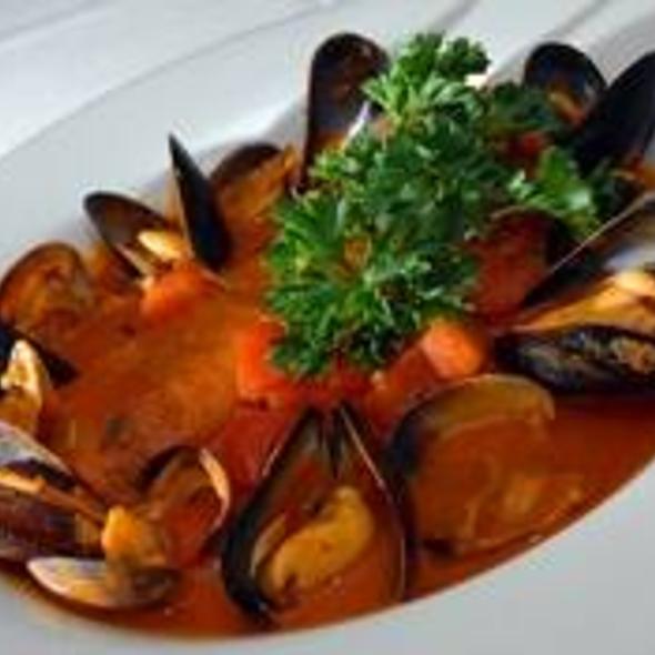Mussels in Tomato Sauce @ Bapi Italian Ristorante