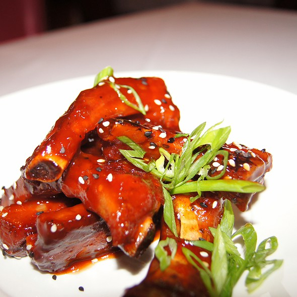 Sticky Ribs - Rosebud Steakhouse, Chicago, IL