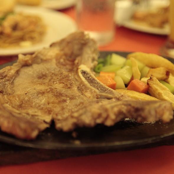 T-bone steak @ House of Minis