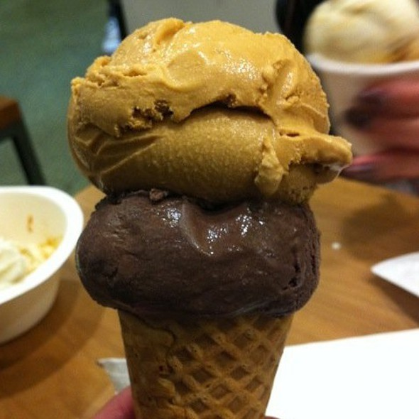 Chocolate & Salted Caramel Ice Cream @ Bi-Rite Creamery