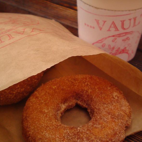 Doughnut @ Doughnut Vault
