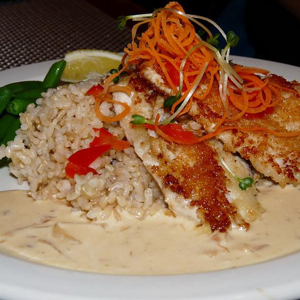 Parmesan Crusted Mahi Mahi @ Uncle's Fishmarket & Grill