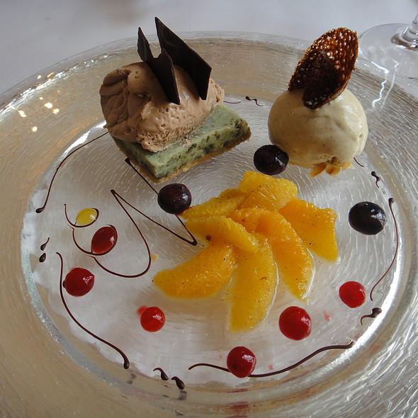 Pumpkin Seed Parfait, Mousse au Chocolate, Vanilla Ice Cream, Orange Compote  @ Zur Traube