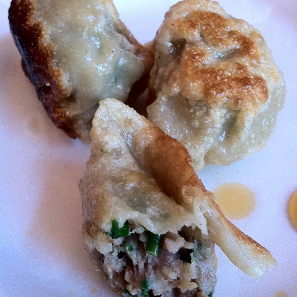 pork and chive dumplings @ Dumplings & Things