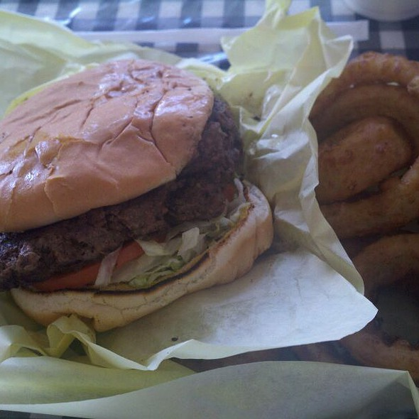 Cheeseburger @ Heff's Burgers