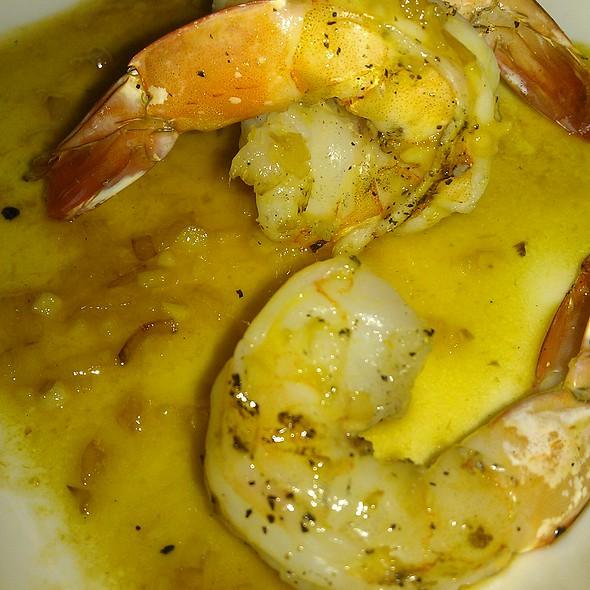 Shrimp Scampi - Via Vino Enoteca, St. Louis, MO
