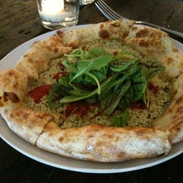 Veggie Pizza @ Harvest Restaurant