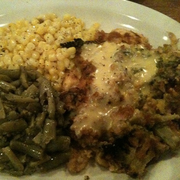 Broccoli Cheddar Chicken @ Cracker Barrel Old Country Store