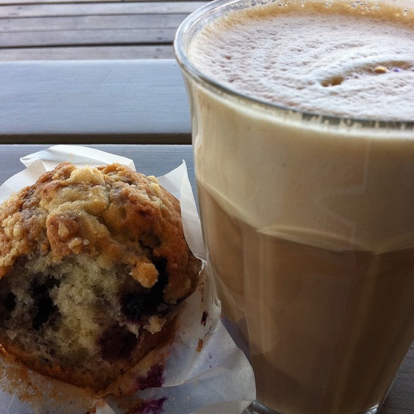 Blueberry Muffin @ STRANDPAVILJOEN ALOHA