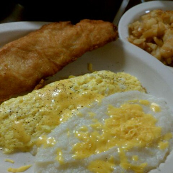 Gigi 39 s soul food fried fish grits eggs foodspotting for Fish and grits