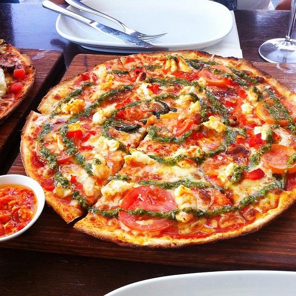 Chilli & Garlic Prawn Pizza @ Bondi Pizza