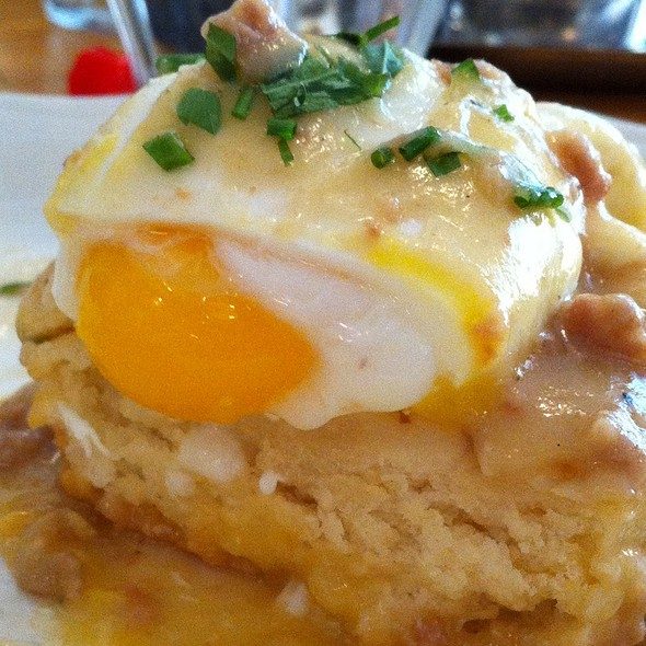 Buttermilk Biscuit With Sausage Gravy & Poached Egg @ Peels