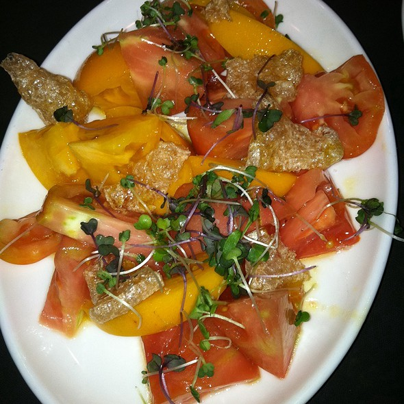 Heirloom Tomato Salad With Chicharrones @ Jaleo