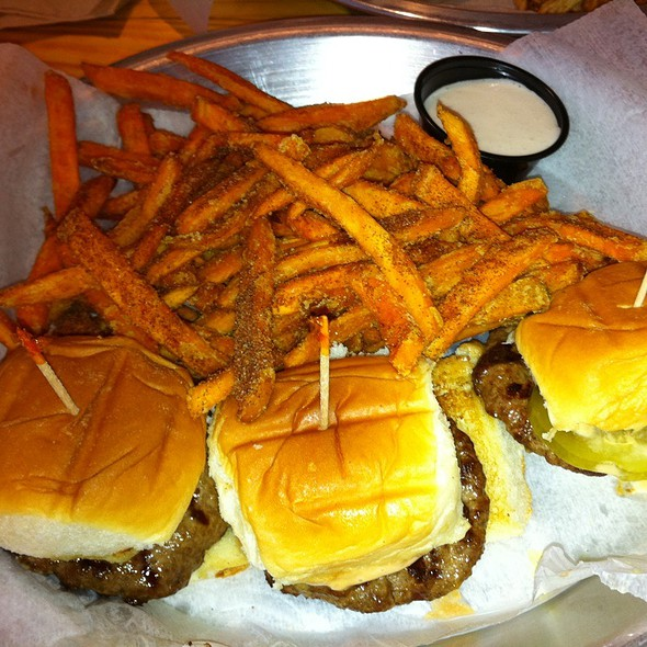 American Minis And Sweet Potato Fries With Marshmallow Dipping Sauce
