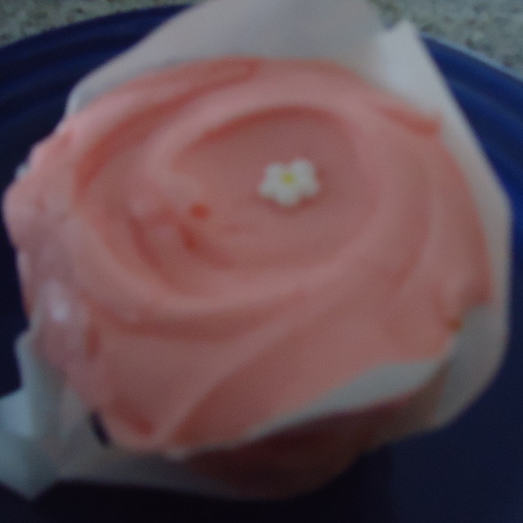 Cherry Blossom Cupcake @ Baked & Wired