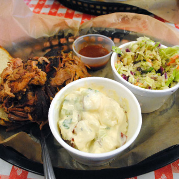 Pulled Pork Plate @ Martin's Barbeque Joint