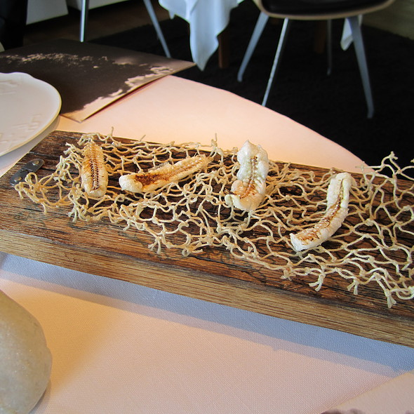 fried anchovy bones @ El Celler de Can Roca