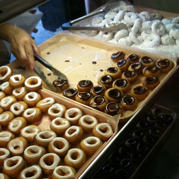 Mini Doughnuts @ Soulard Farmer's Market