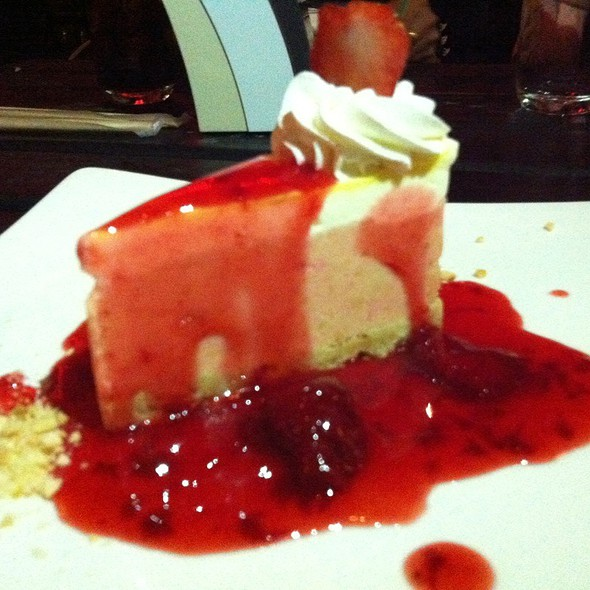 Stawberry Cheese Cake @ Water Side, Frisco, TX 75035