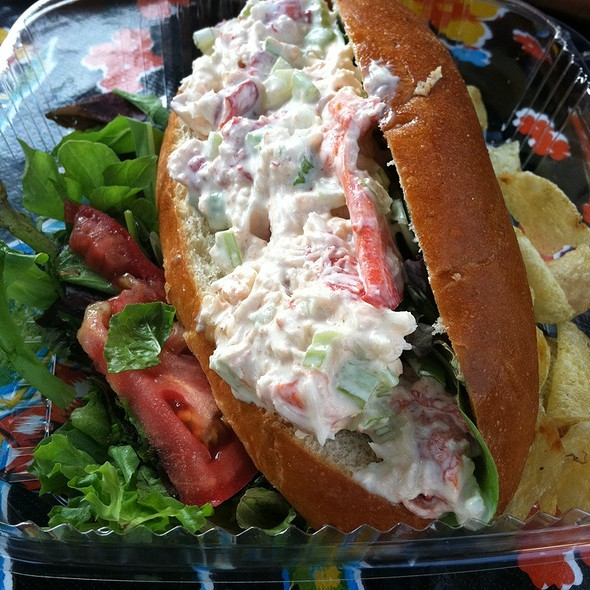 Lobster Roll (Sandwich) @ Salamanders