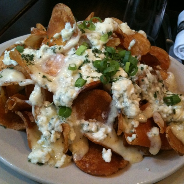 Blue Cheese Chips @ Bistro Byronz