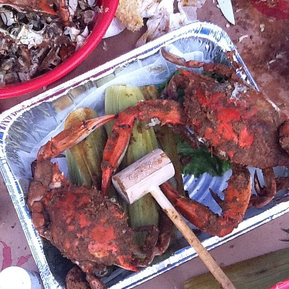 Steamed Blue Crabs @ Captain Bob's Steamed Crabs