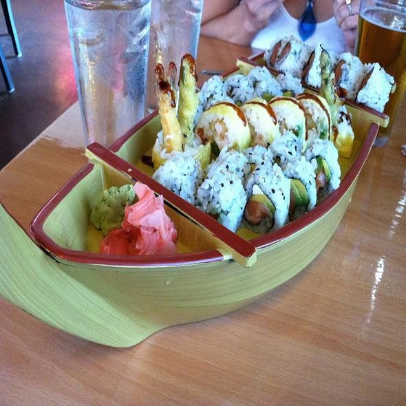 Sushi @ Sushi Nini