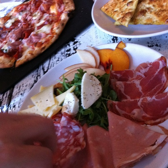 Salumi Plate @ HOT ITALIAN Pizza & Panini Bar