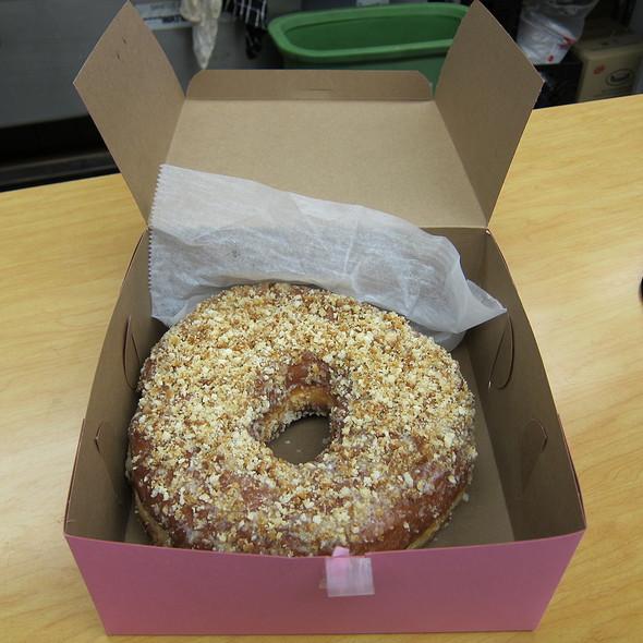 Donut Cake @ Bob's Donut & Pastry Shop